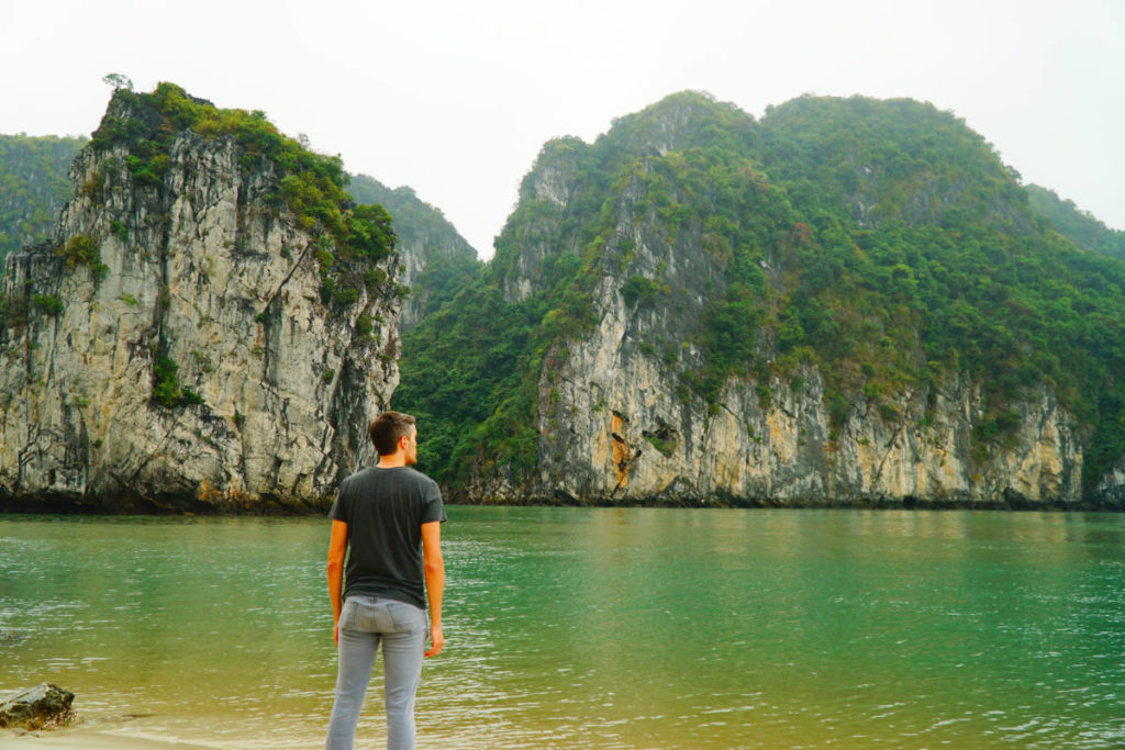 Bai Tu Long Bay Vietnam